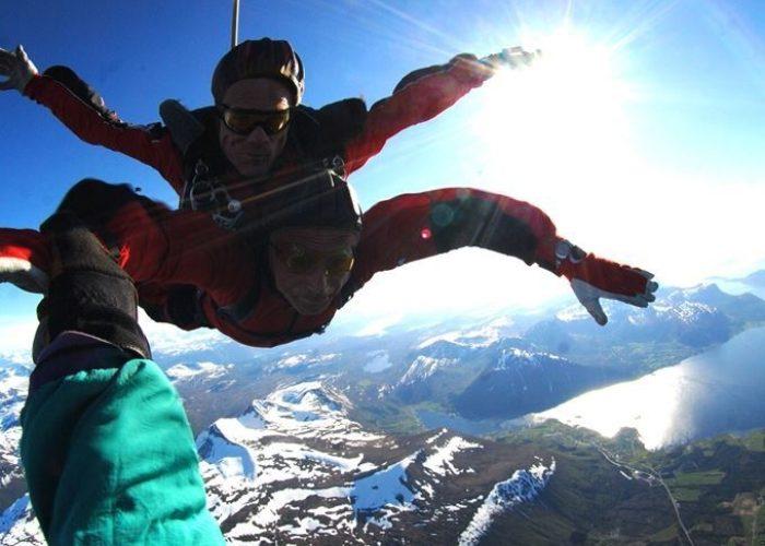 Lesja skydiving club