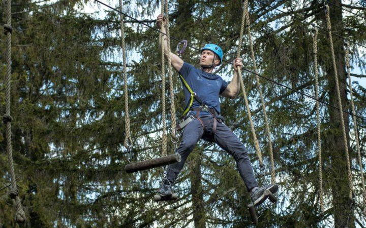 Magnus Midtbø - trening i naturen hos Høyt & Lavt Klatreparker